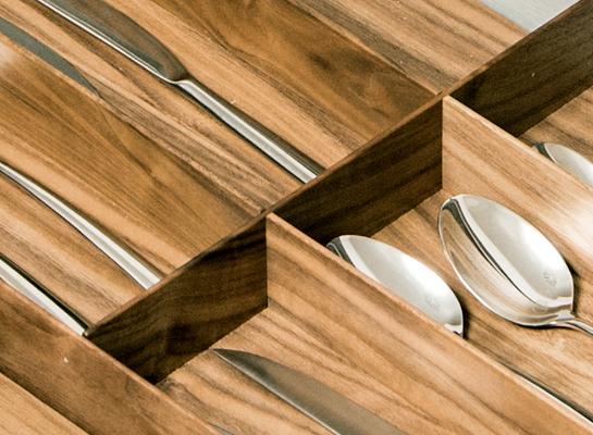 Cucine Oggi - interior de Cajón - Serie Fineline Nogal